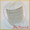 Perełki na sznurku białe 4mm/ 1mb