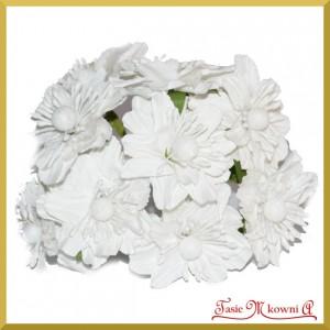 Kwiat duży papierowy BIAŁY 4,5cm/12szt.