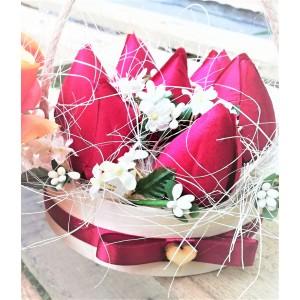 Pudełko tulipany w drewnianej łubie