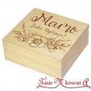 Drewniane pudełko z grawerem na Dzień Matki, wzór nr 6, kwadrat, lakierowane