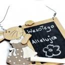 Drewniana tablica kredowa z króliczkiem