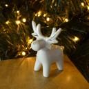 RENIFER porcelanowy, biały, figurka 7,5cm/ 1szt.