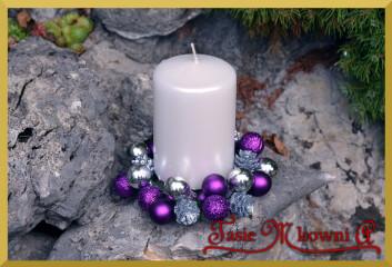 Jak wykonać bożonarodzeniowy pleciony stroik?